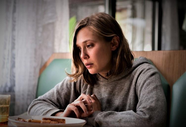 5 Film Elizabeth Olsen yang Tampil Luar Biasa di Luar MCU